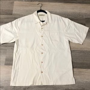 New Tommy Bahama Men's button down shirt